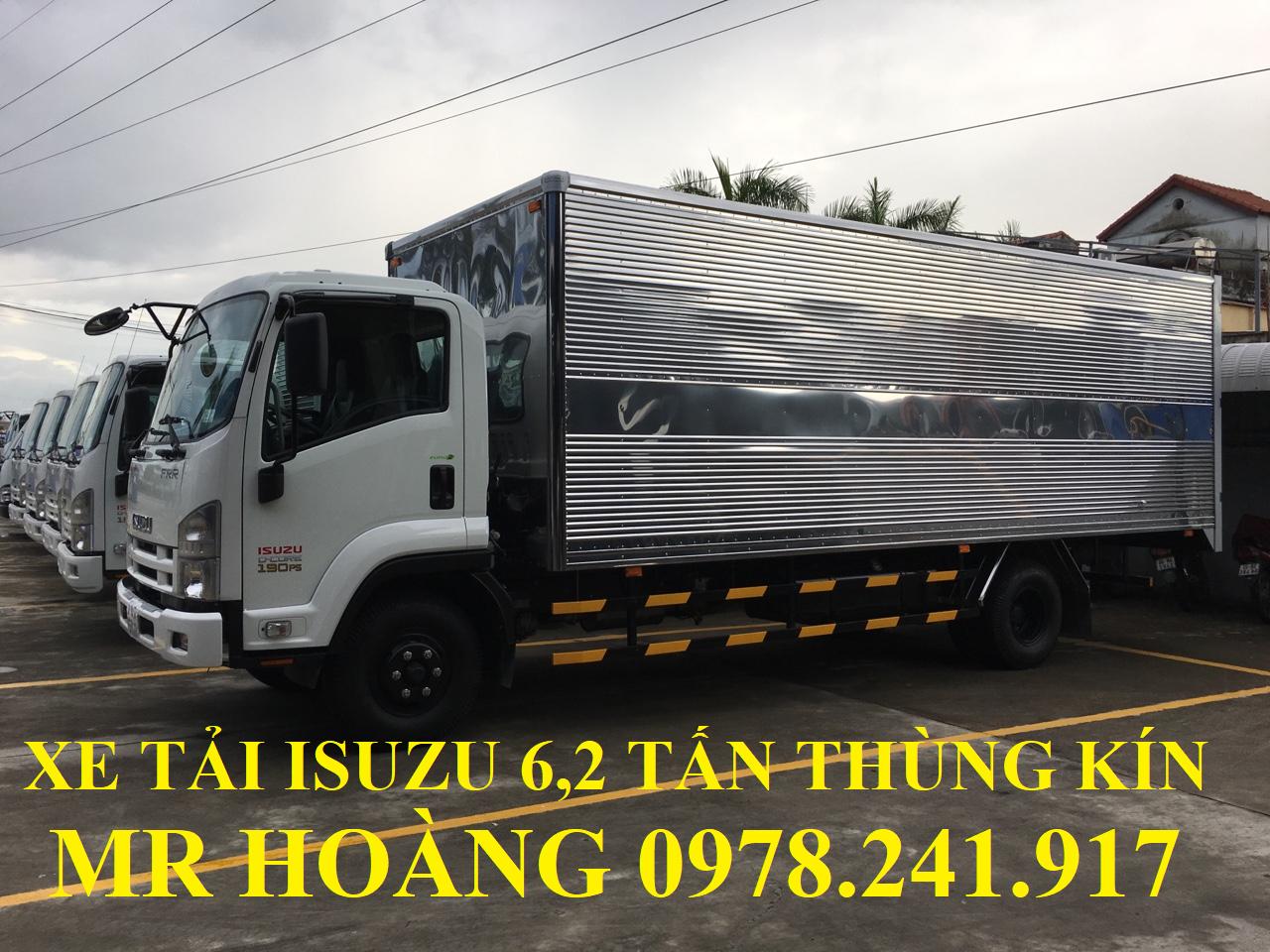 xe tải isuzu 6,2 tấn thùng kín