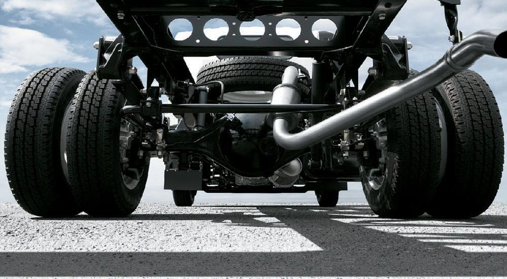 xe tải isuzu 6,5 tấn nâng tải nqr75m-16 khung gầm