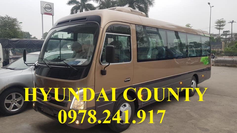 xe khách Hyundai county