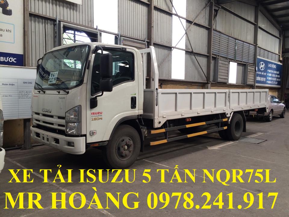 xe tải isuzu 5 tấn nqr75l thùng lửng