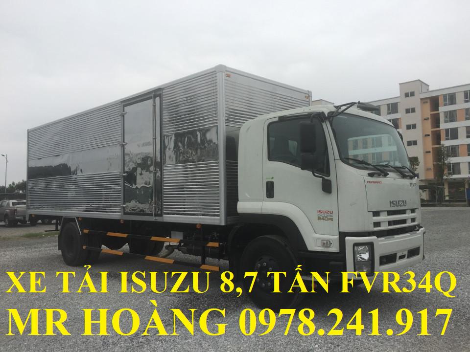 xe tải isuzu 8,7 tấn fvr34q thùng kín ngắn 7,6 m