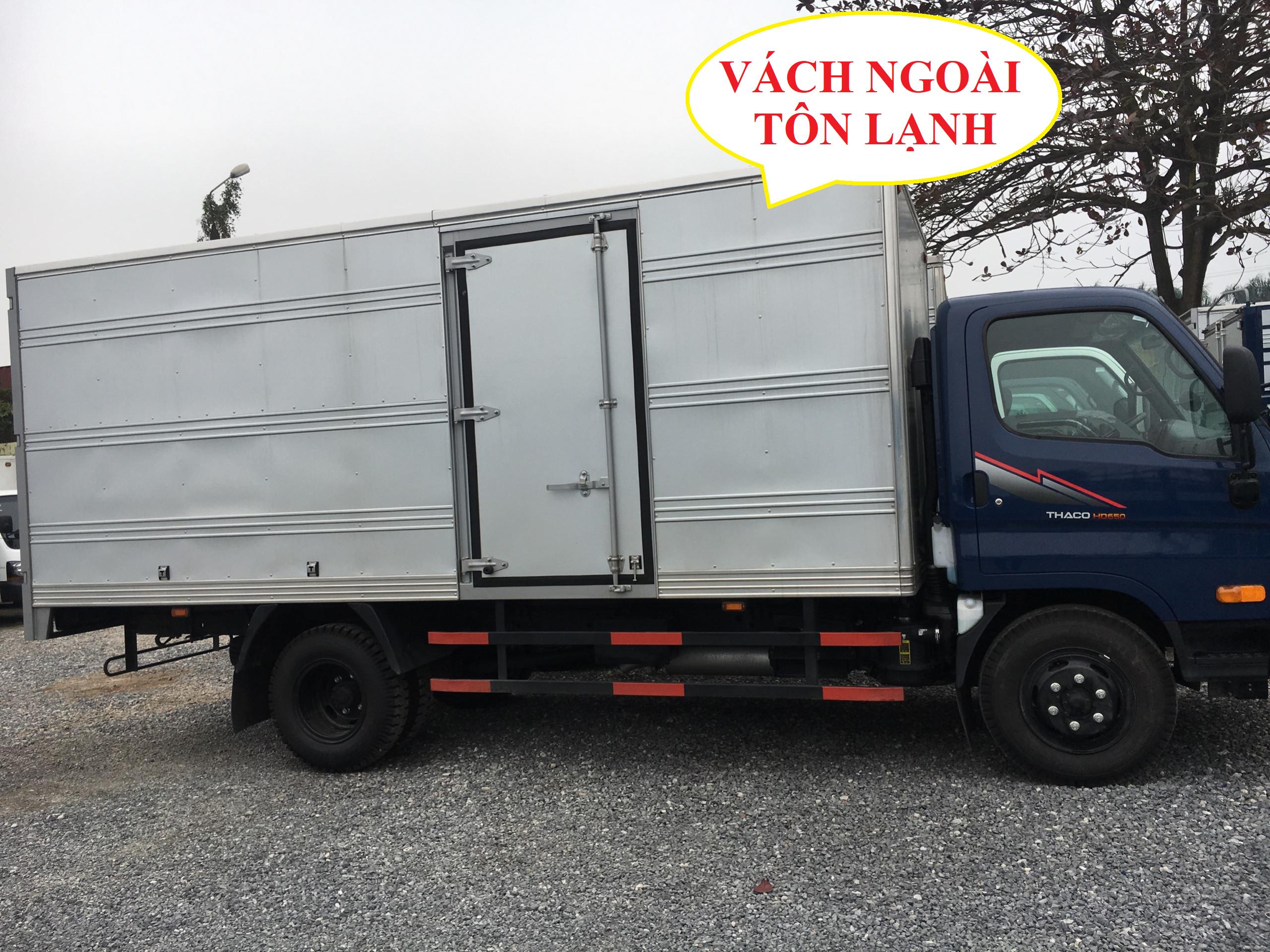 xe tải hyundai 3,5 tấn hd72 thùng kín tôn lạnh