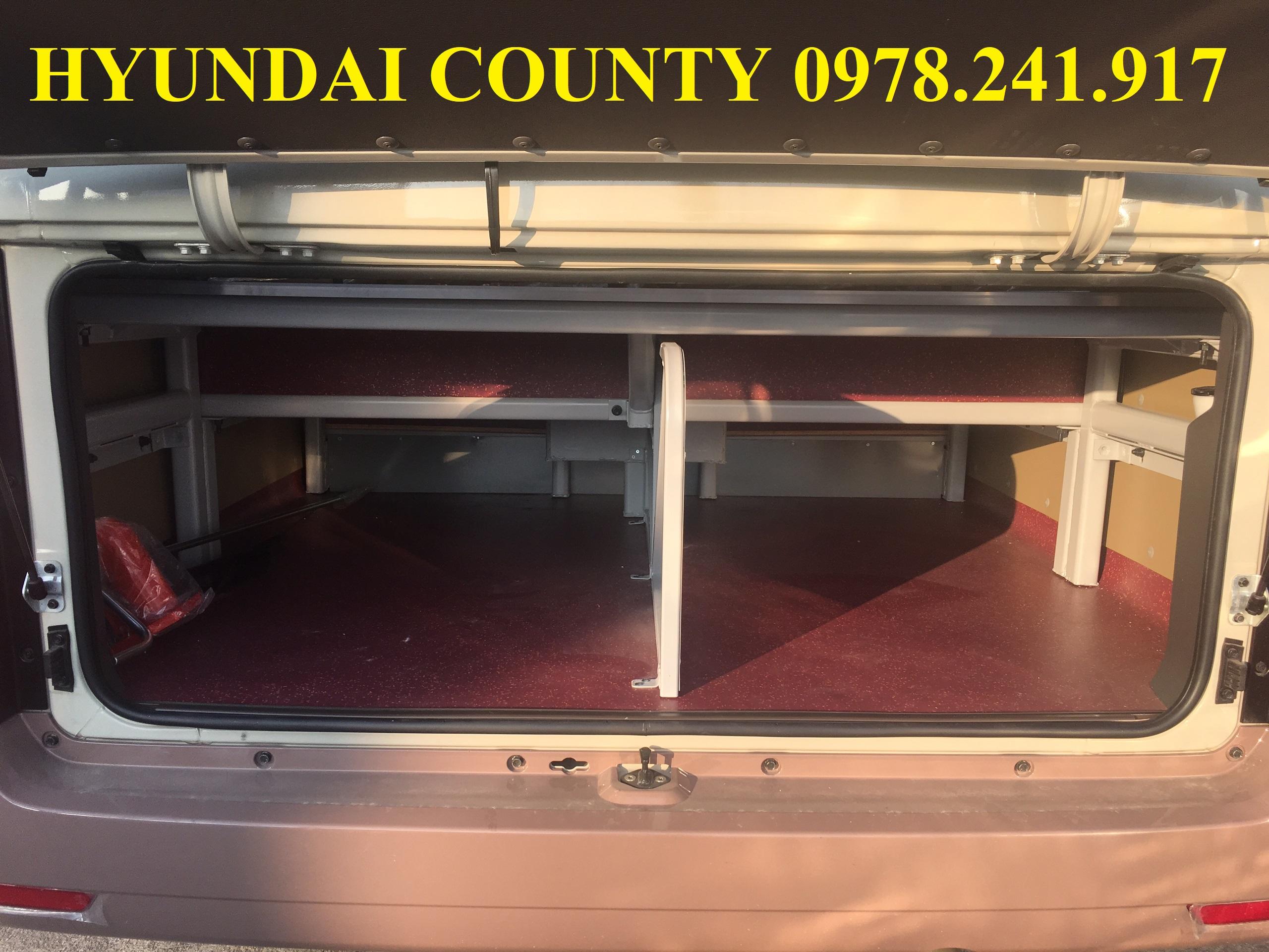 giá bán xe khách Hyundai county