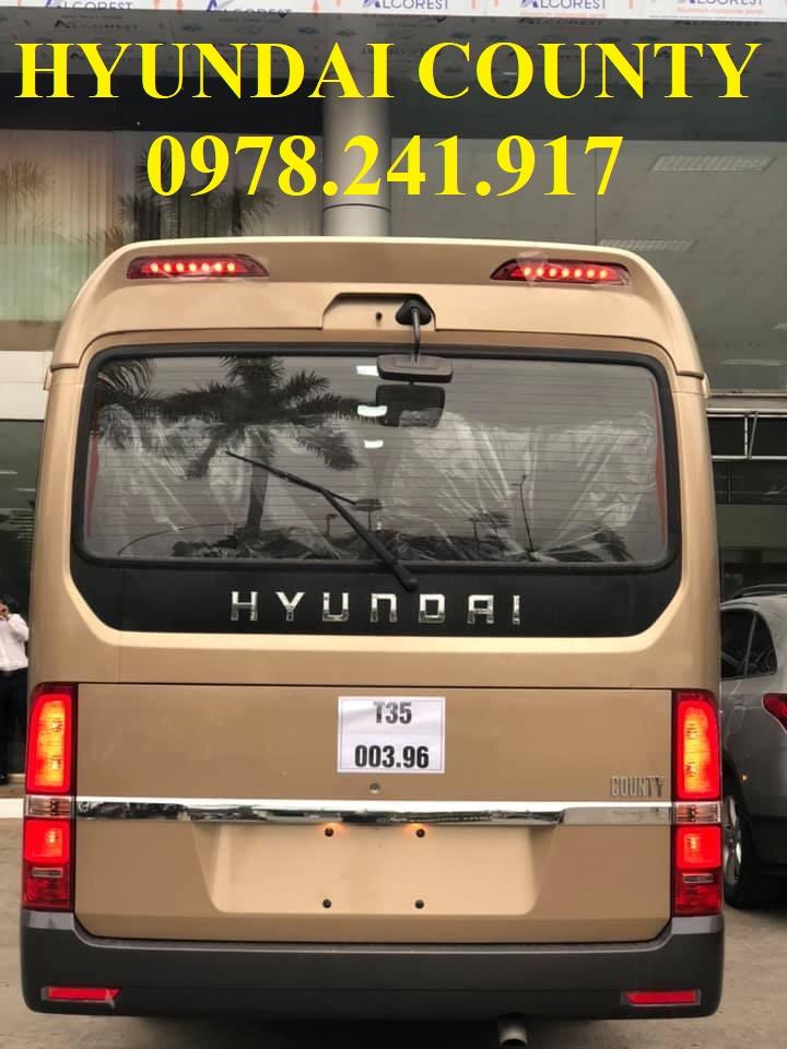 Hyundai county thành công 29 chỗ
