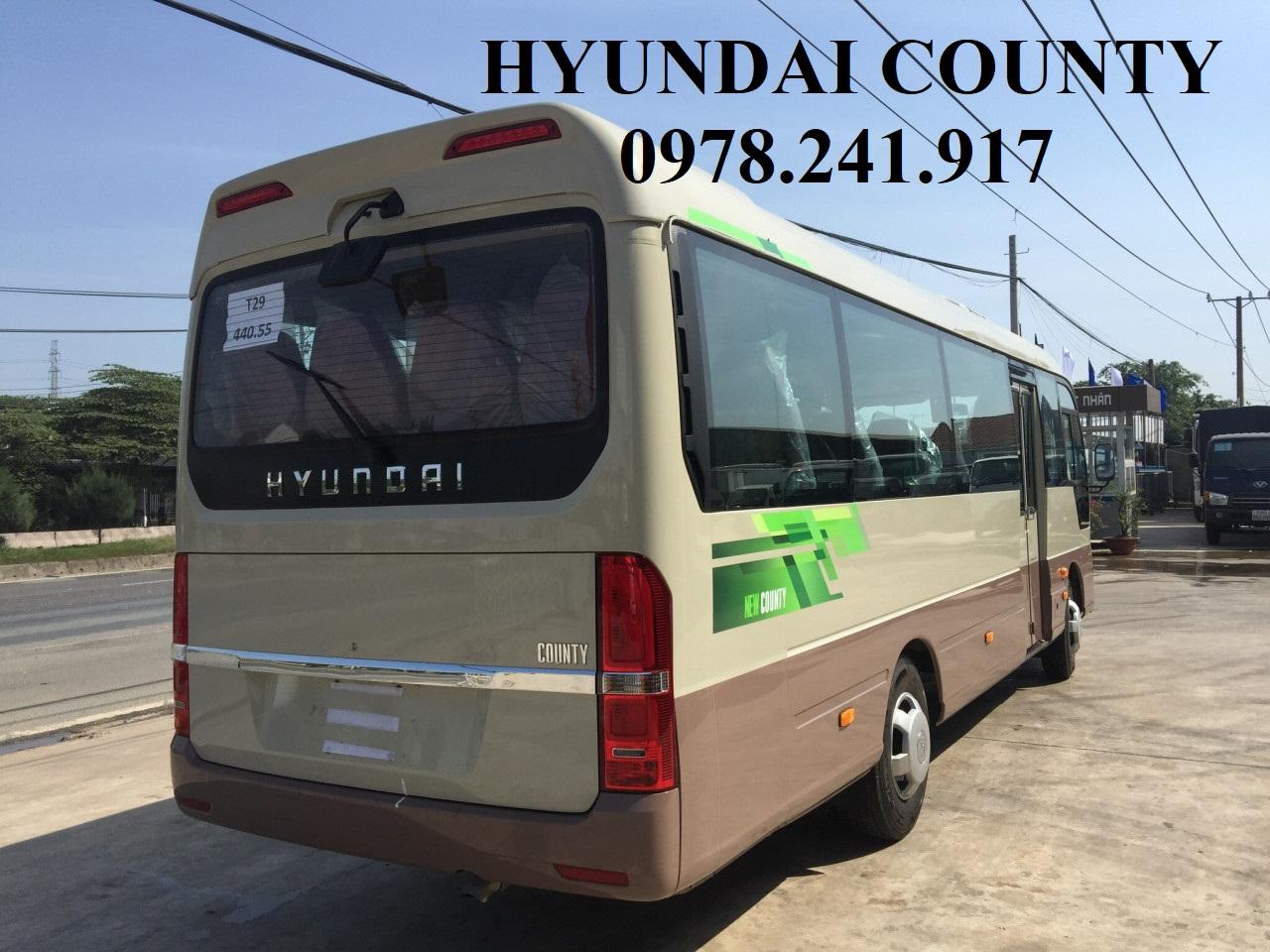 xe khách Hyundai county đời mới