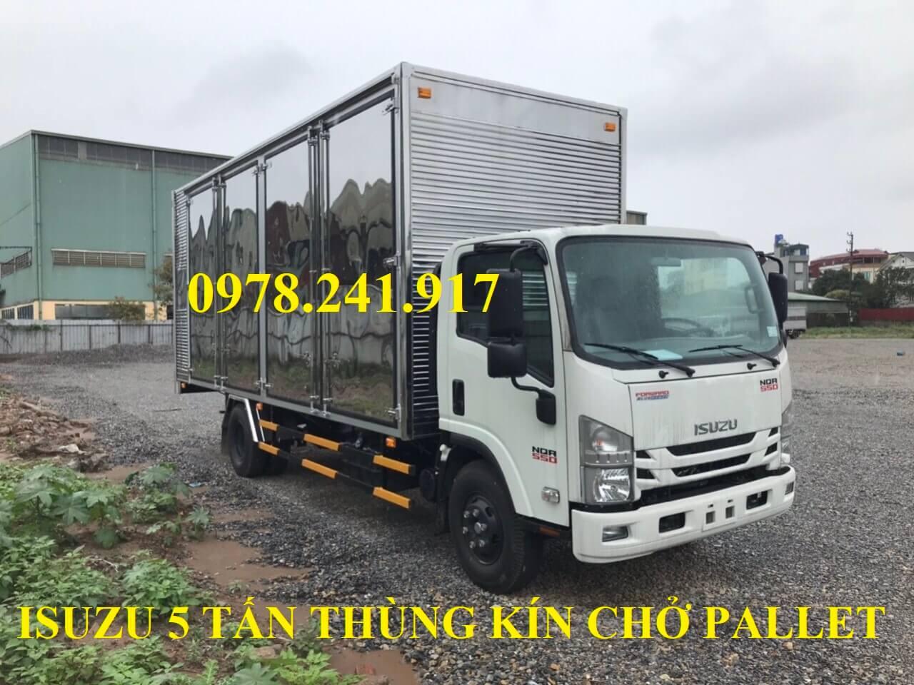 xe tải isuzu 5 tấn NQR75M thùng kín chở pallet